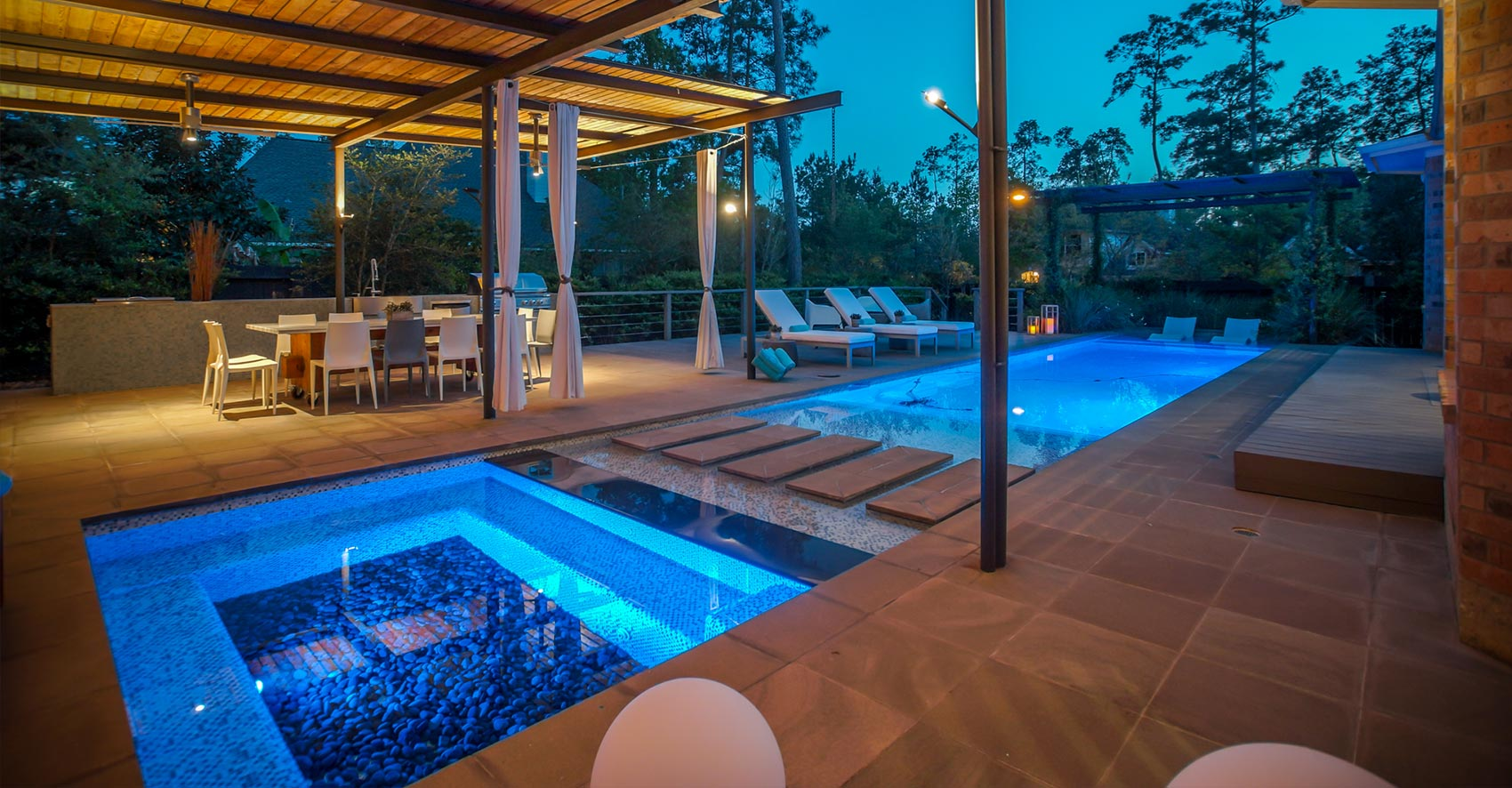 Full Service Pool and Outdoor Design